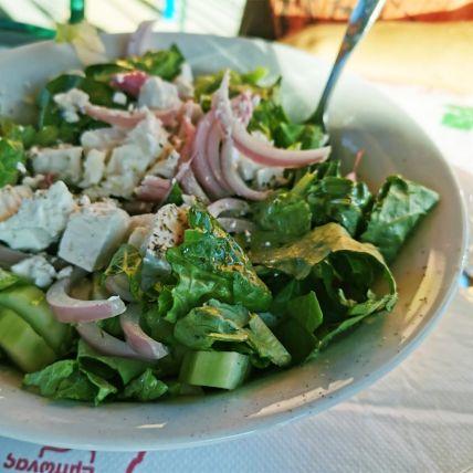 green-saladB221240F-9DFA-4744-C51E-320CF4683E17.jpg
