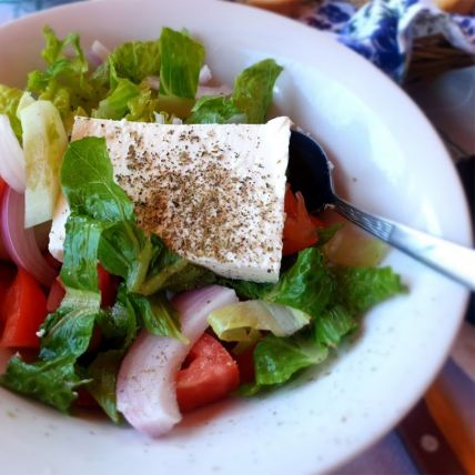 greek-salad5DE382B3-0E5C-AFD8-CE2E-ADF785ACAE18.jpg